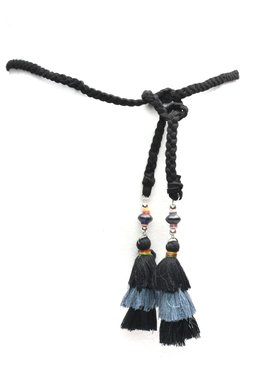 Gevlochten riem zwart met flos