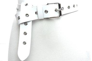 4cm lange witte riem zilver 400ring