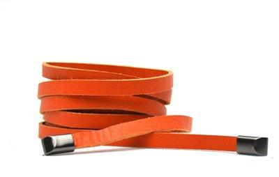 Knoopriem oranje 019